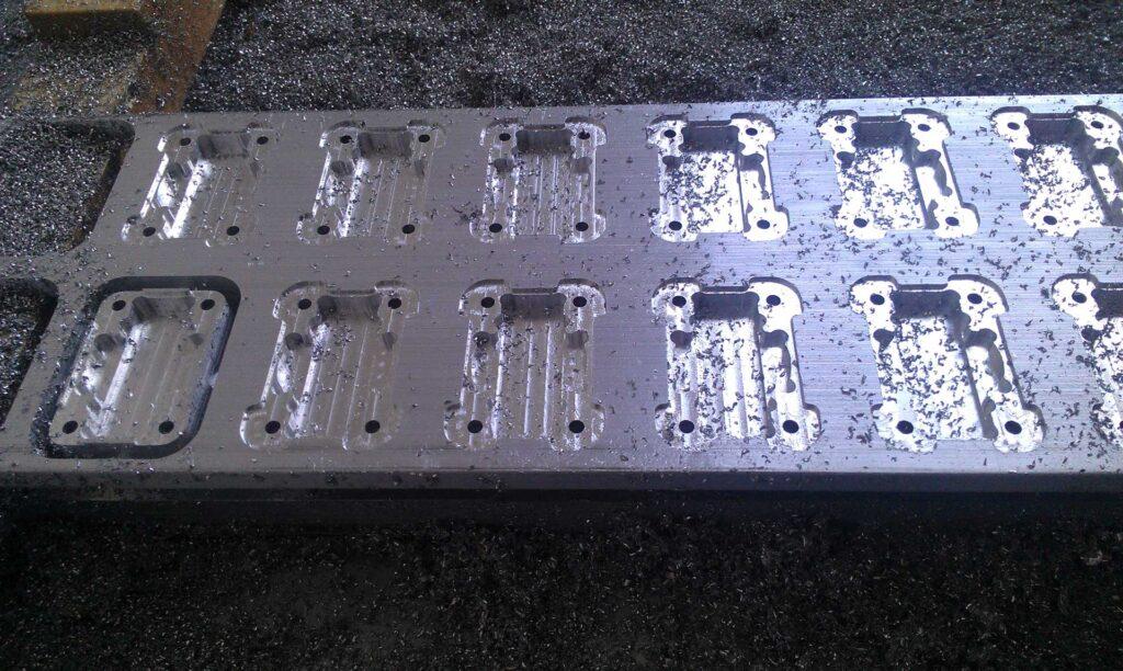 Fresatrice industriale per lavorazione alluminio, Automa