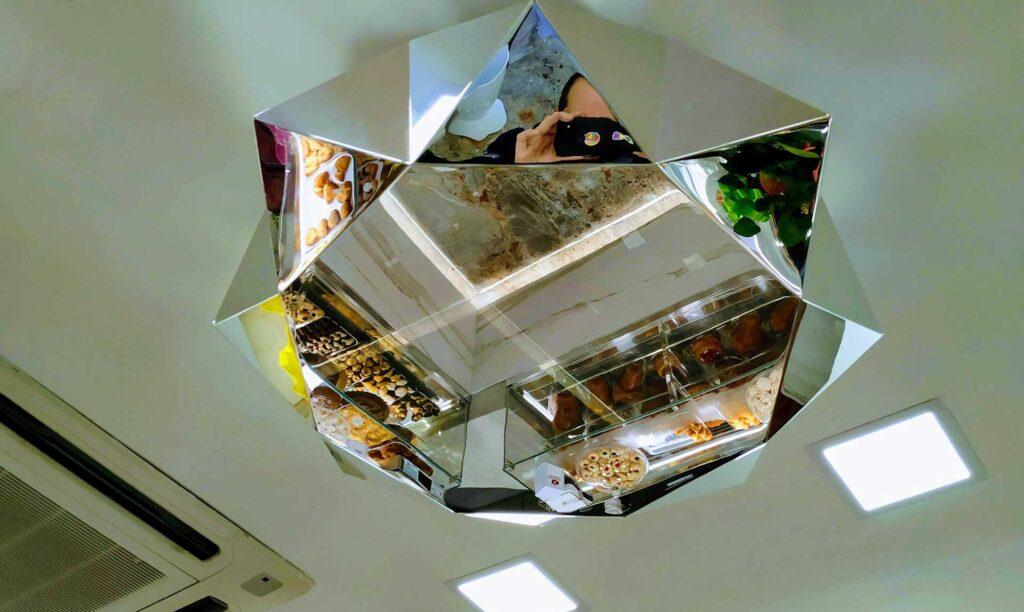 Lampada in dbond eseguita con pantografo Automa Visio