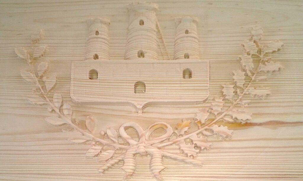 Pannello in lego con bassorilievo realizzato con fresa cnc Automa Pantografi