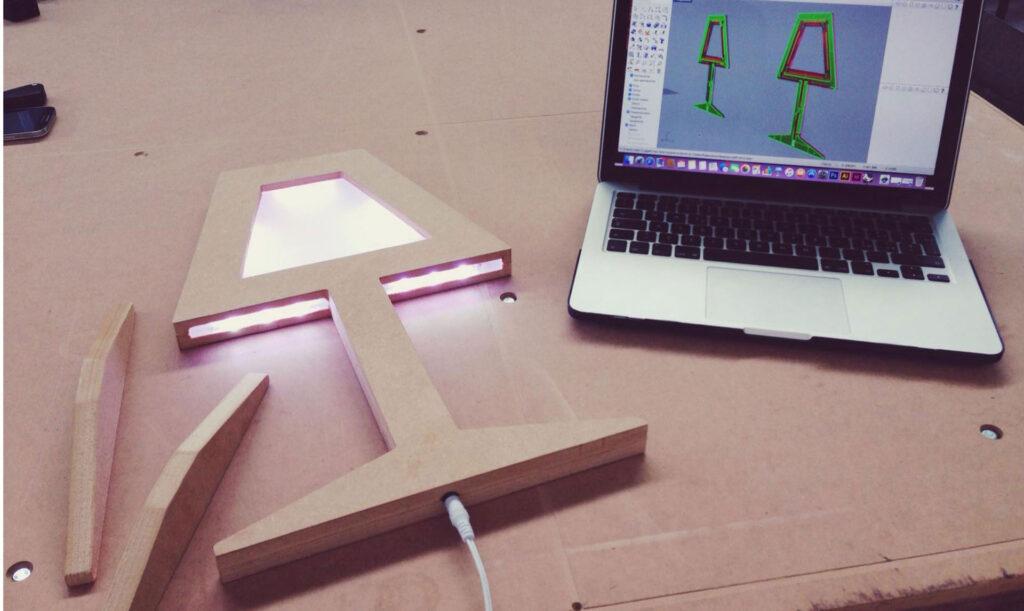 Pantografo per prototipazione rapida multimateriale, Automa